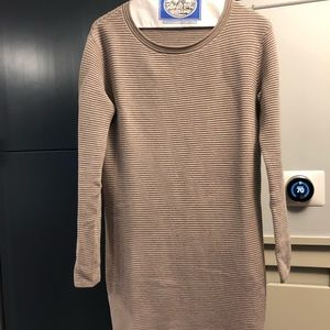Wilfred ARITIZIA NWOT sweater dress